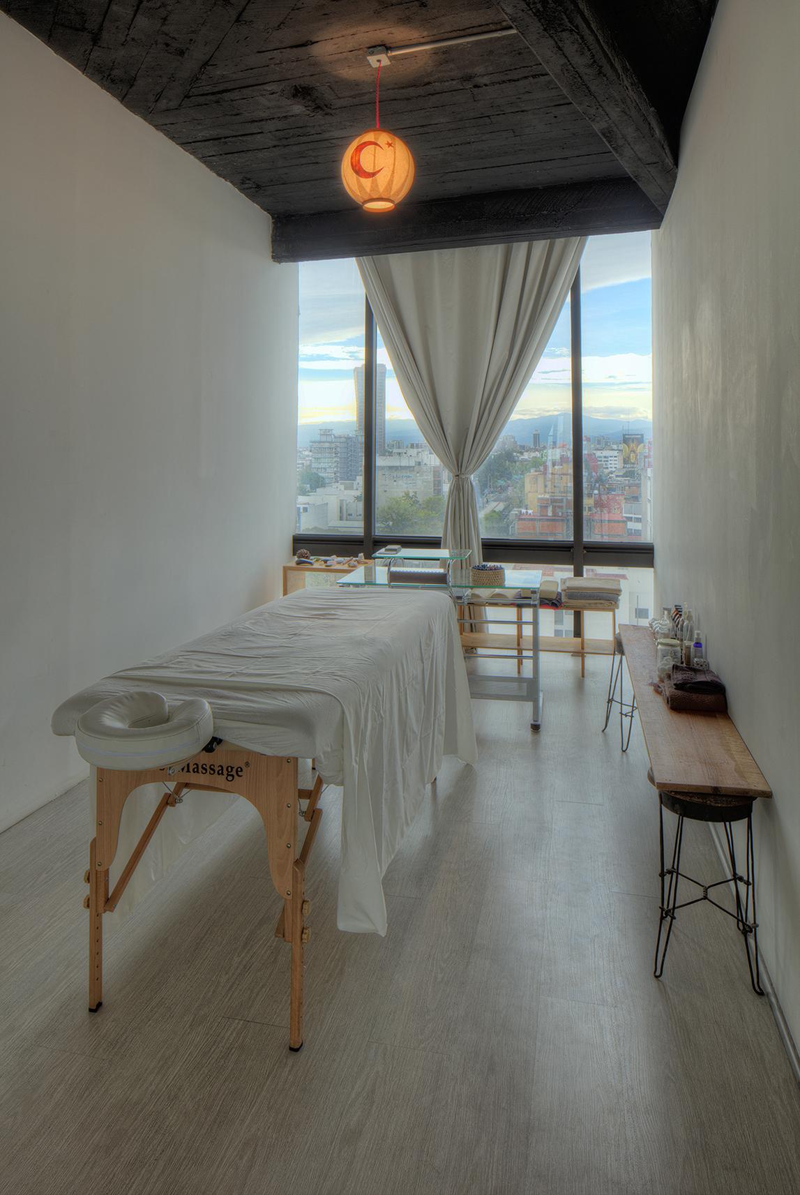 medicina tradicional, acupuntura, hipnosis, flores de bach, masaje terapéutico